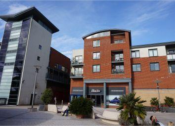 Thumbnail 3 bed flat for sale in Lower Tanbridge Way, Horsham