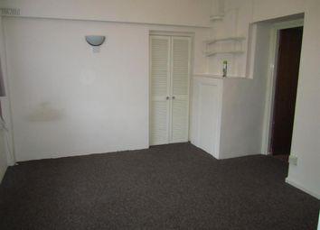 Thumbnail Studio to rent in Moorlands Road, Bournemouth