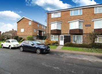 Thumbnail 2 bed maisonette for sale in Oaklands, Horsham