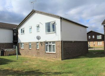 Thumbnail 1 bed flat for sale in Holmedale, Slough, Berkshire