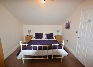 Thumbnail 1 bed flat to rent in York Place, Scarborough, North Yorkshire