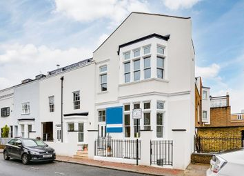 3 bed property for sale in Vicarage Crescent, Battersea SW11