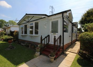 2 bed mobile/park home for sale in Maple Way, Breach Barns Lane, Waltham Abbey, Essex EN9
