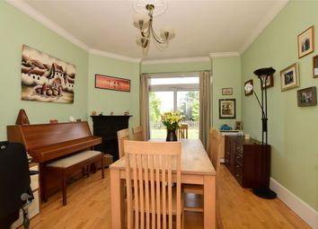 4 bed bungalow for sale in Lancelot Avenue, Strood, Rochester, Kent ME2