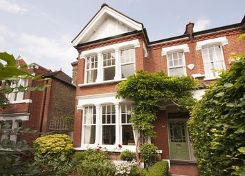 Thumbnail 5 bed property to rent in Park Court, Park Hall Road, London