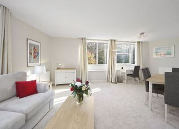 Thumbnail 2 bedroom flat to rent in Heathside, Weybridge