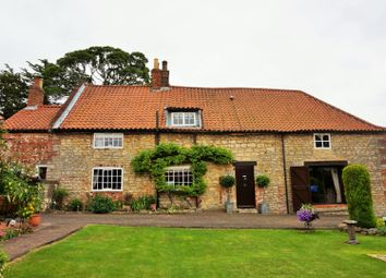 Thumbnail 4 bed cottage for sale in Queen Street, Kirton Lindsey, Gainsborough
