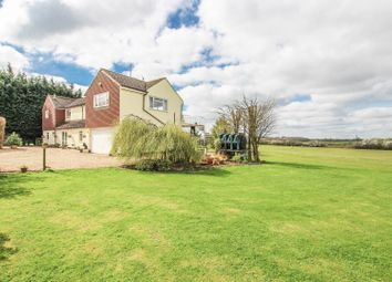 Thumbnail 4 bed detached house for sale in Barton Road, Silsoe