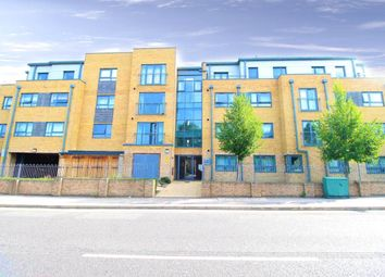 Thumbnail 1 bed flat for sale in Alana Height, Chingford, London