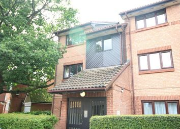 Thumbnail 1 bed flat to rent in Chasewood Avenue, Enfield, Middx