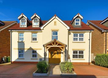 Thumbnail 5 bedroom detached house for sale in Usk Road, Llanishen, Cardiff