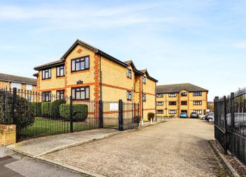 Thumbnail 2 bed flat for sale in Cheshunt Road, Belvedere, Kent