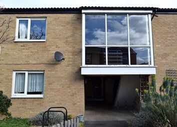 Thumbnail 2 bed flat to rent in Dennis Road, Cambridge