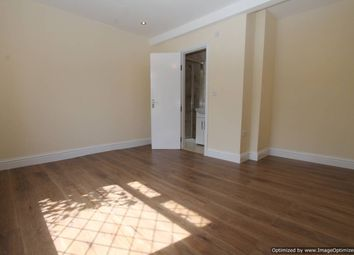 Thumbnail 6 bed shared accommodation to rent in Central Road, London