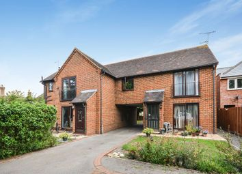 Thumbnail 2 bed maisonette for sale in Chinnor Road, Thame