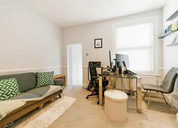 Haydons Road, London SW19. 1 bed flat for sale