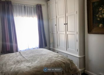 Room to rent in Downhills Avenue, London N17
