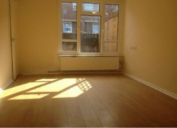 Thumbnail 1 bed flat to rent in Mowatt Close, Archway