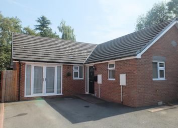 20 Kingsmead, Ledbury, Herefordshire HR8. 3 bed bungalow