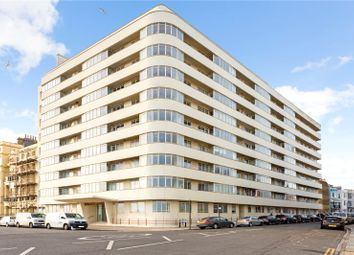 Embassy Court, Kings Road, Brighton, East Sussex BN1. 3 bed flat for sale