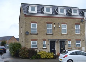 Thumbnail 3 bed town house for sale in Farfield Avenue, Wibsey, Bradford