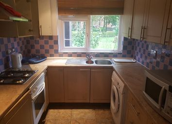 Thumbnail 4 bed town house to rent in Plevna Crescent, London