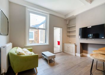 Thumbnail 2 bed flat to rent in Thornton Avenue, Telford Park, London