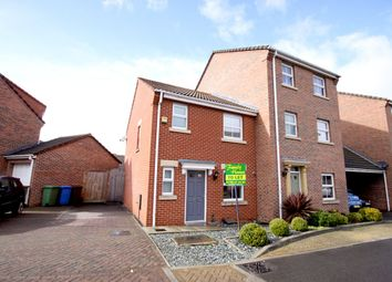 3 bed semi-detached house to rent in Amethyst Drive, Sittingbourne ME10