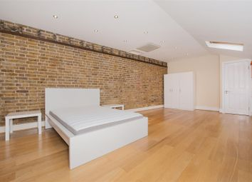 3 bed semi-detached house to rent in St. Marys Road, Ealing W5