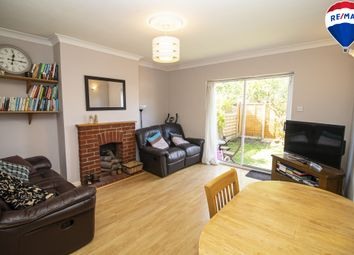 Suffield Road, Chingford E4. 2 bed maisonette