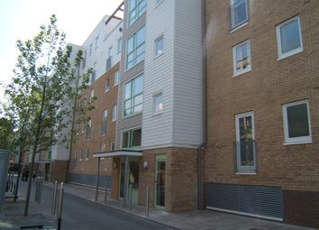 Thumbnail 2 bed flat to rent in Warren Close, Cambridge