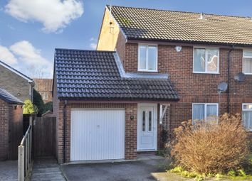 Thumbnail 3 bed property to rent in Farrow Close, Luton