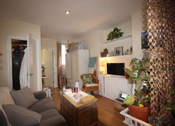 Thumbnail Studio to rent in Cloudesley Road, Angel