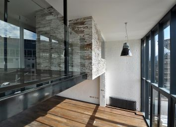 Thumbnail 3 bedroom flat to rent in Commercial Street, Spitalfields