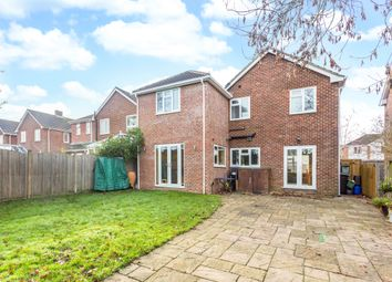 Thumbnail 5 bed detached house to rent in Birch Road, Burghfield Common, Reading
