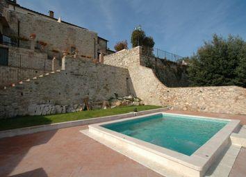 Thumbnail Hotel/guest house for sale in Via Del B&B, Torrita di Siena, Tuscany, Italy