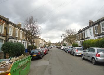 Thumbnail 1 bed flat to rent in Crewys Road, Nunhead