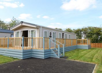 Thumbnail 2 bedroom mobile/park home for sale in Spring Park London Road, Shadingfield
