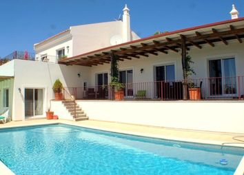 Thumbnail 3 bed villa for sale in Portugal, Algarve, Estói