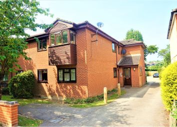 Thumbnail 1 bed flat for sale in 153 Manchester Drive, Leigh-On-Sea