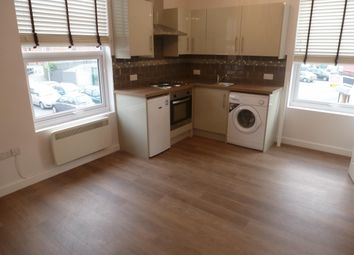 Thumbnail 1 bedroom flat to rent in Wharncliffe Road, Loughborough