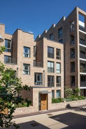 Thumbnail 4 bed town house for sale in Keelson Gardens, Brentford Lock West