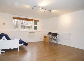 Thumbnail Studio to rent in Sutherland Avenue, Maida Vale