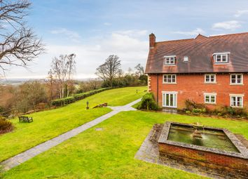 3 bed mews house for sale in Coopers Hill Road, Nutfield, Redhill RH1