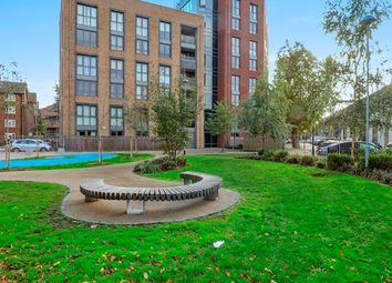 Thumbnail 1 bed flat for sale in Silwood Street, London
