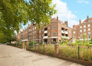Thumbnail 3 bed flat for sale in Stamford Hill, London