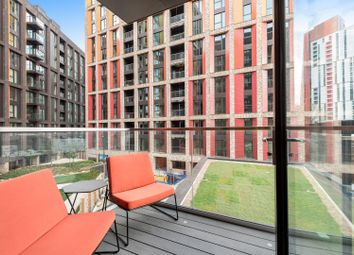 1 bed property to rent in Charles Clowes Walk, London SW11