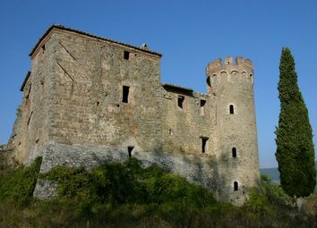 Thumbnail 10 bed property for sale in Castello di Bisciano, Umbertide, Umbria