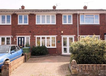 The Kingsway, Portchester, Fareham PO16. 3 bed terraced house