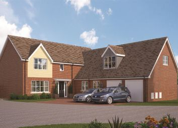 Thumbnail 5 bed detached house for sale in Farrendon Court, Off Stratford Close, Aston Clinton